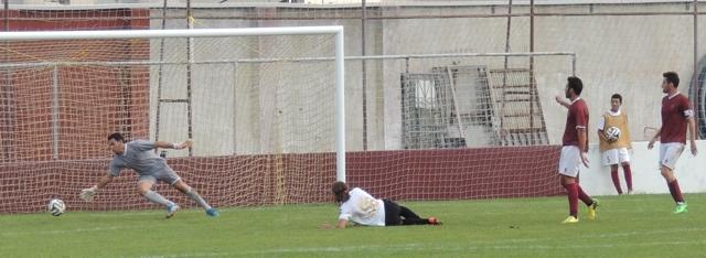 Bazzoffia marca o segundo golo rubro-negro (FOTO: Chris Wright)